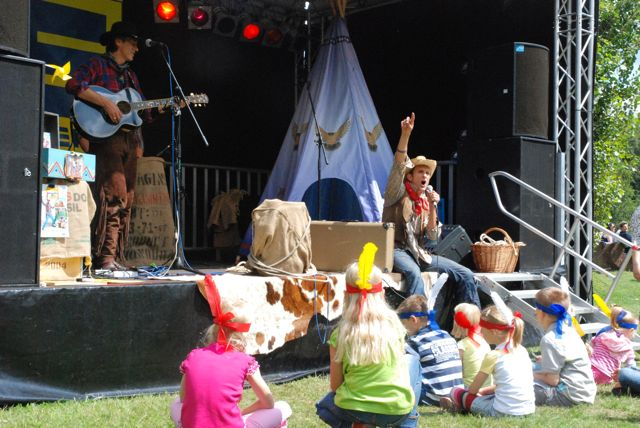Kinder Musik Theater